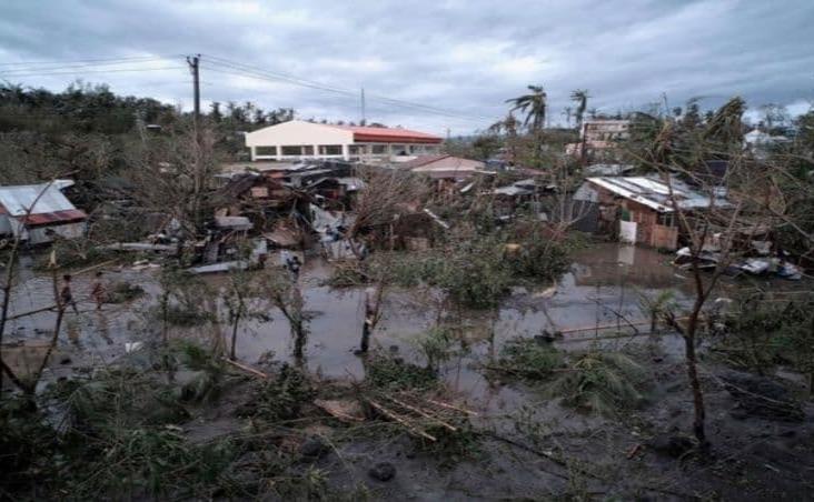 Tifón Tisoy deja al menos 17 personas muertas en Filipinas