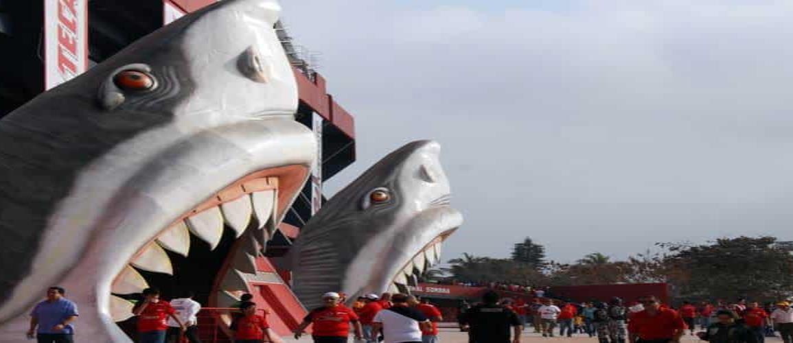 Presidente del Sevilla con interés de comprar al Veracruz