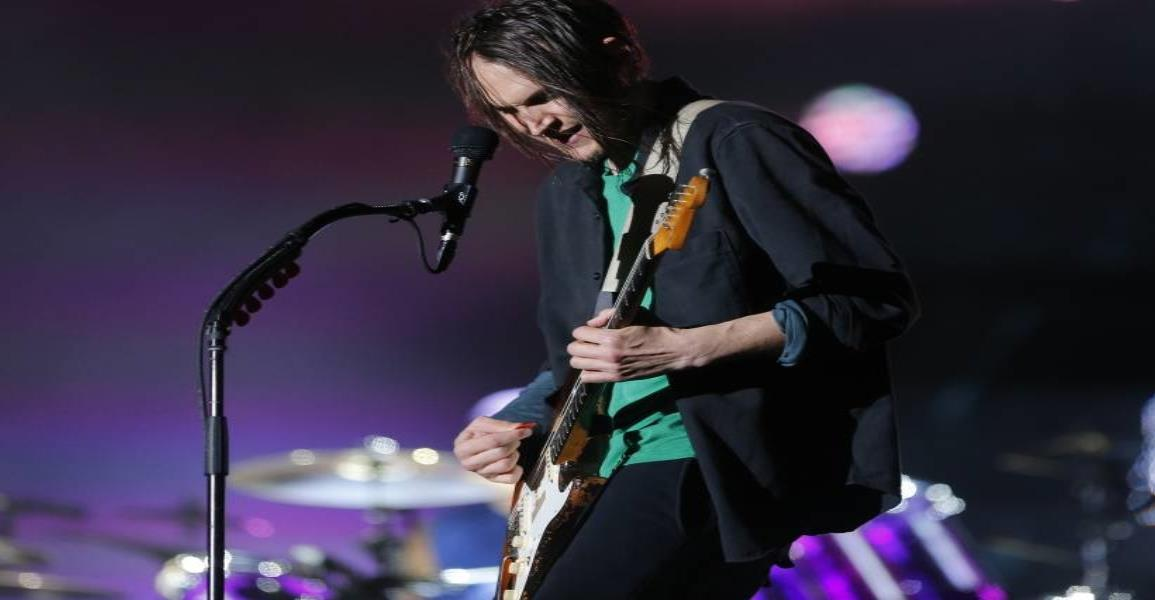 Red Hot Chili Peppers anuncia el regreso del guitarrista, John Frusciante