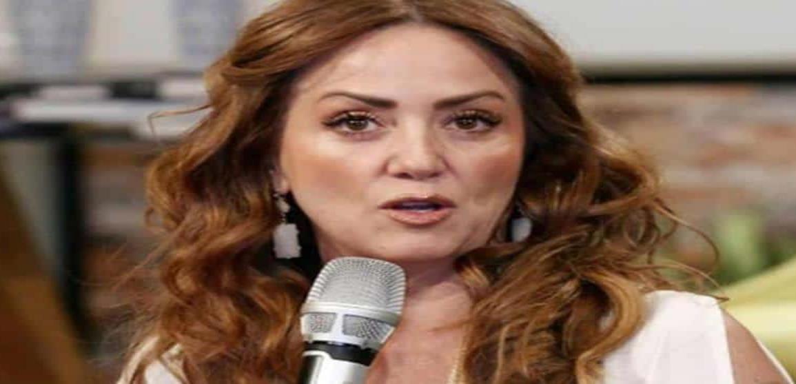 Andrea Legarreta lanza mensaje a presunta amante de su esposo