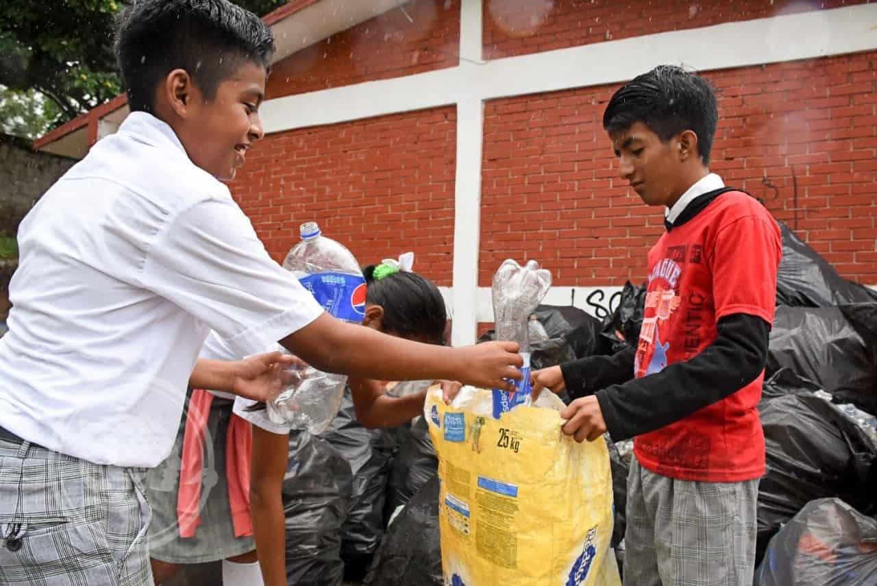 Promueven cultura y cuidado ambiental en Tuxpan