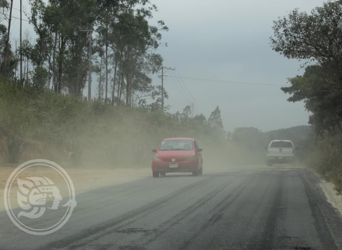Exhortan extremar precauciones en carretera Las Choapas-Paralelo