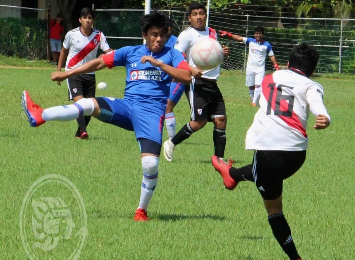 Esperan a los últimos equipos en la Liga Municipal de Futbol