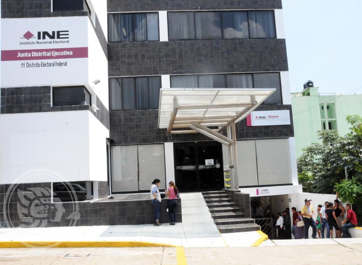 Deben renovarse 7 mil credenciales en INE-Coatzacoalcos