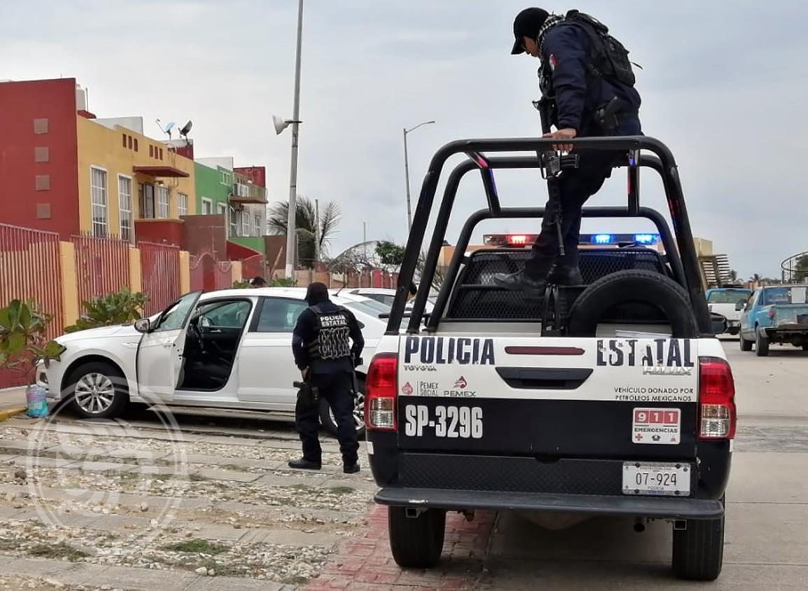 Intentar a ejecutar a joven en Coatzacalcos; bala daña automóvil