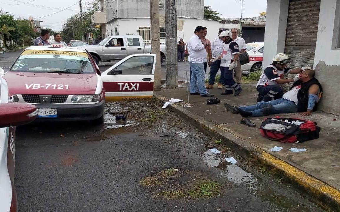 Casi linchan a taxista, lo acusan de violación y acoso