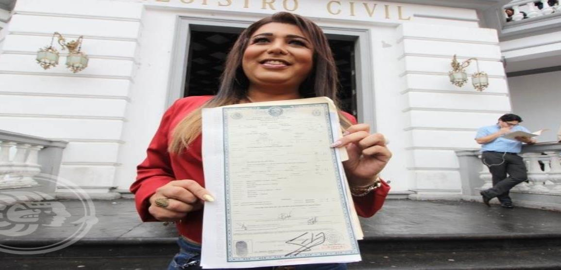 Karla, primera joven trans reconocida legalmente como mujer en Veracruz