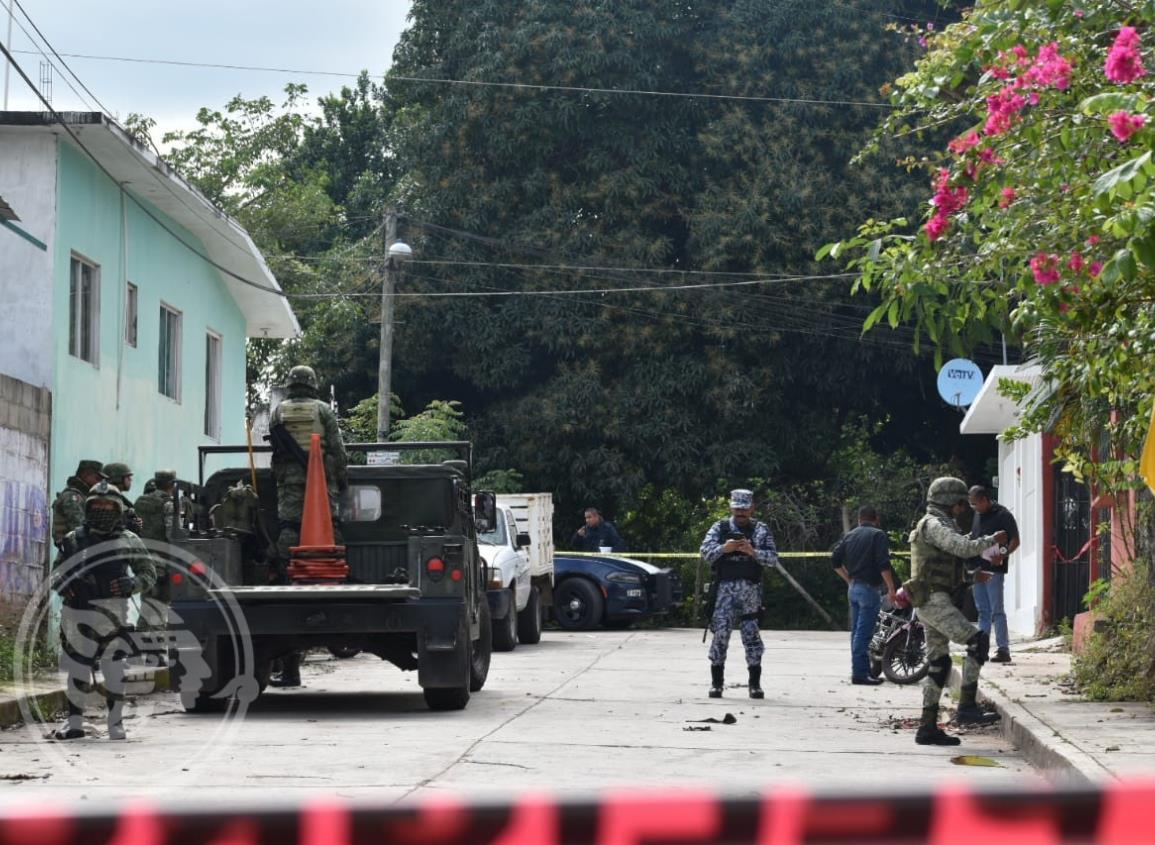 Tras balacera, fuerzas federales ubican casa de seguridad en Oluta; tres detenidos