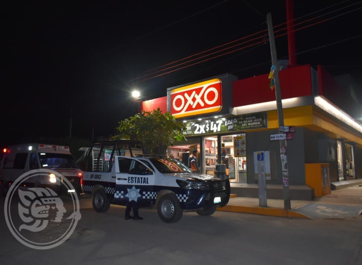 Sujetos armados consuman violento robo en tienda de Acayucan