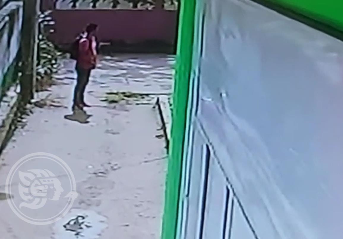 En Coatzacoalcos, vecinos reportan a exhibicionista acosador