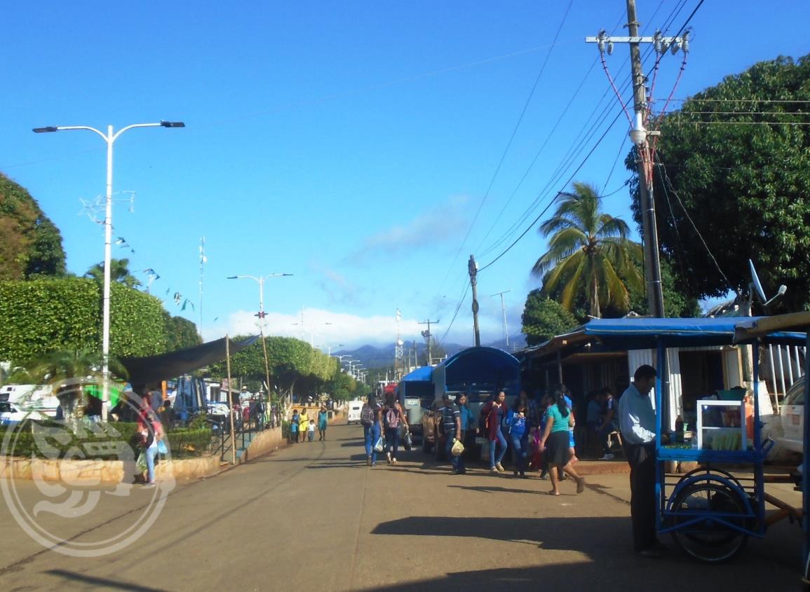 Transportistas protestarían por inconclusión de asfaltación