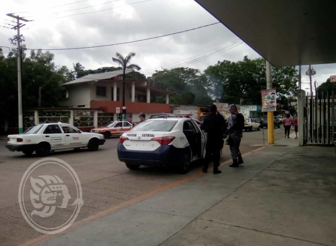 Delincuente le roba unidad a taxista en Acayucan
