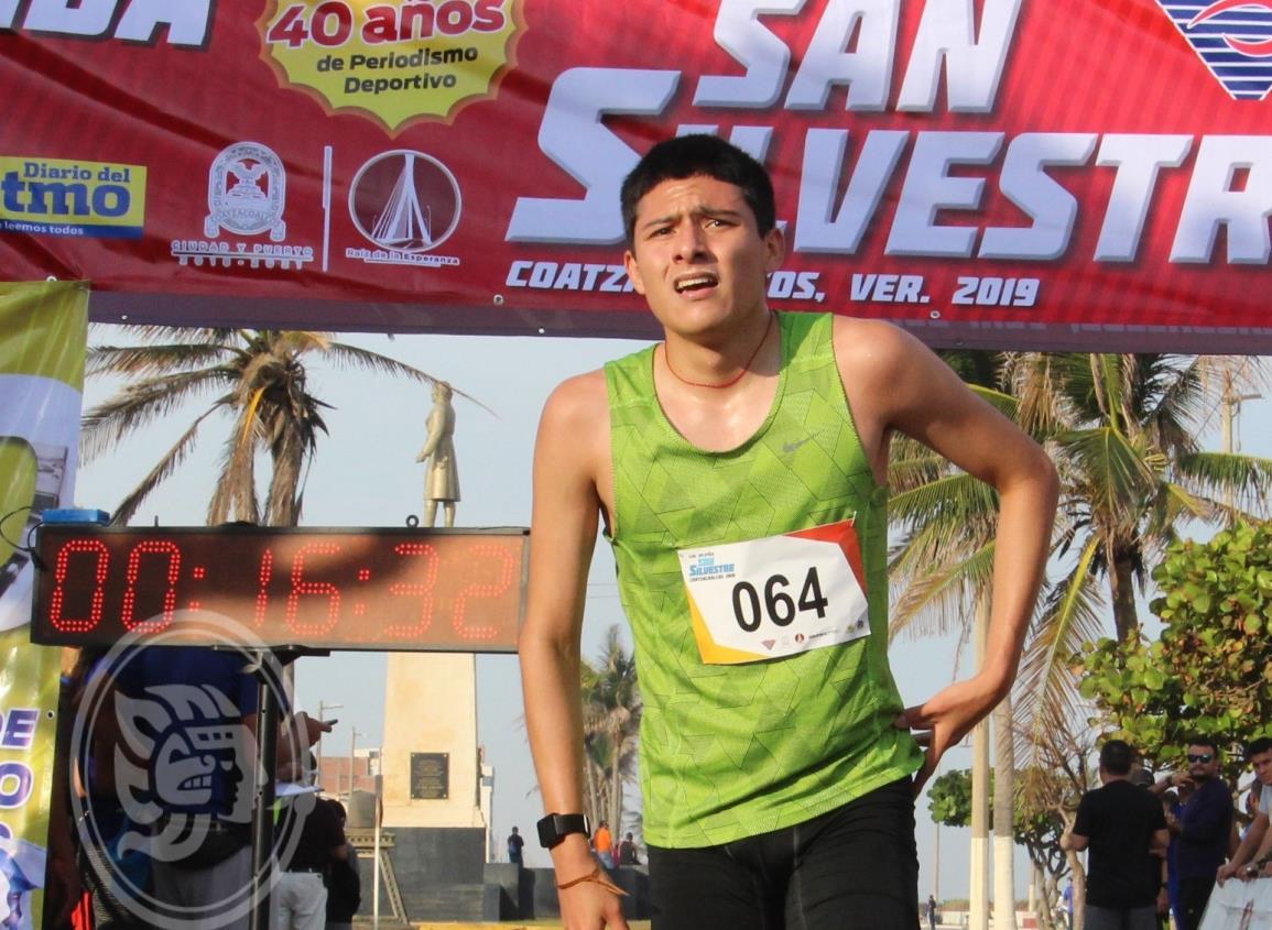 El atleta jaltipaneco Ángel Maya Cruz con retos a la vista para este 2020