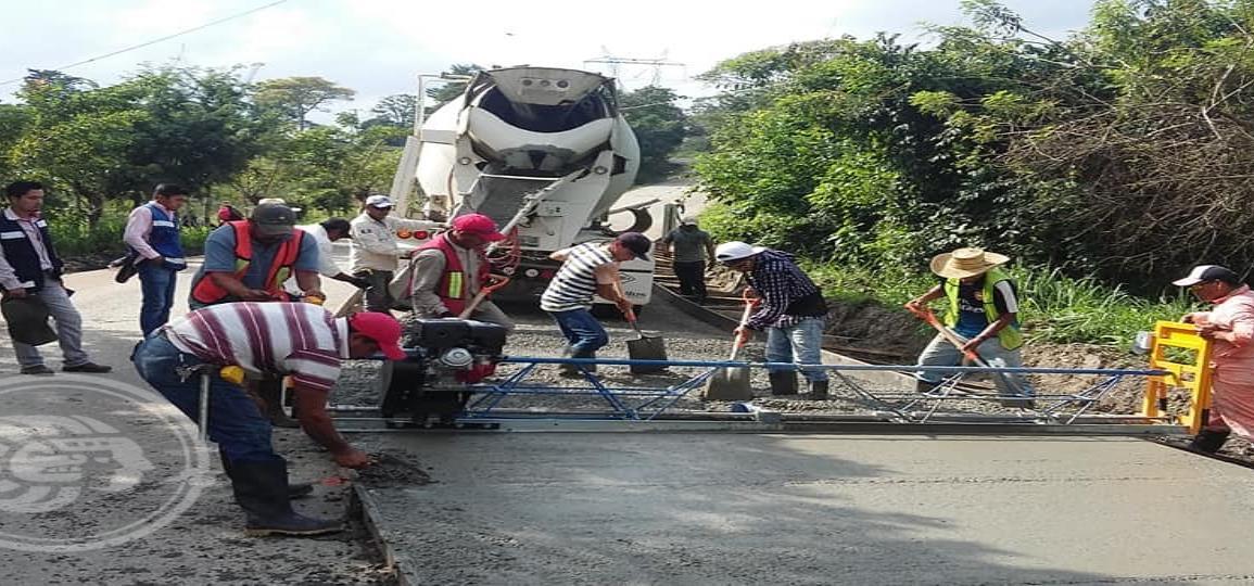 Carretera Las Choapas-Cerro de Nanchital estaría lista en dos meses