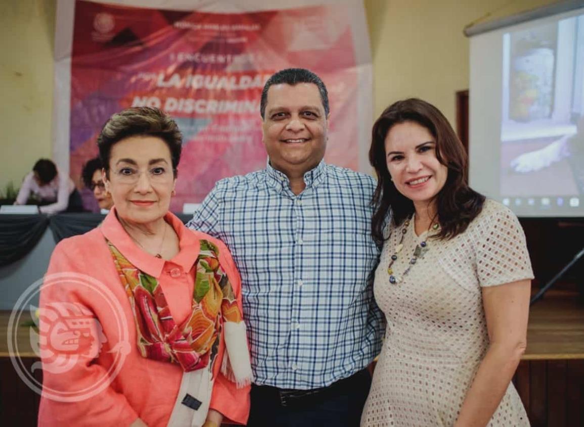 Diputada Mónica Robles presente en Cosamaloapan