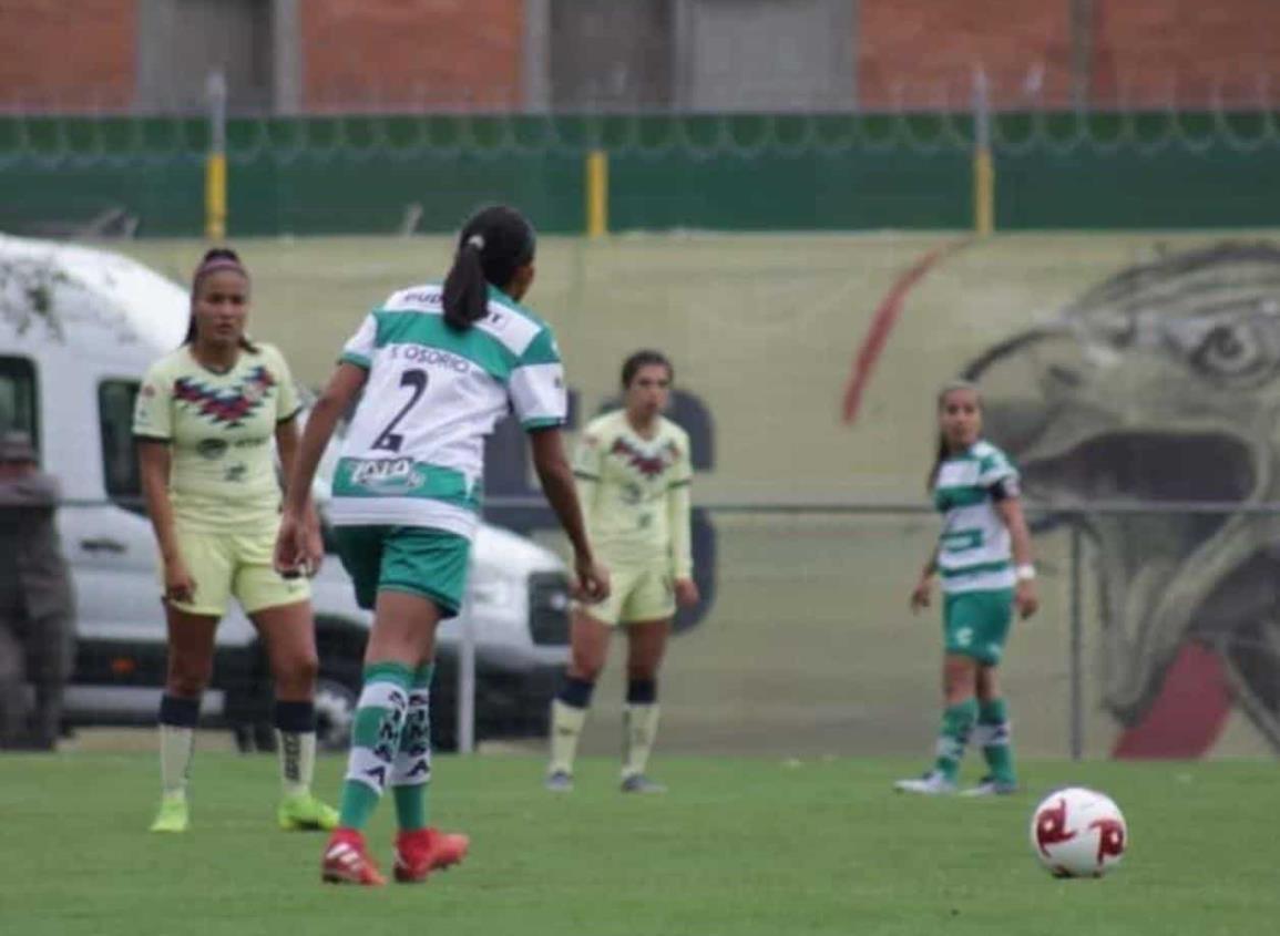 La nanchiteca Isela Osorio debutó con Santos Laguna