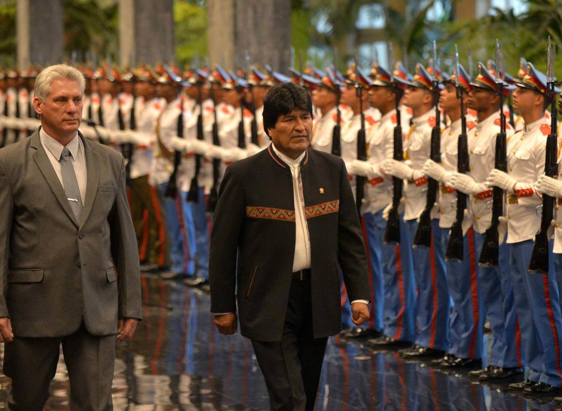 Bolivia rompe relaciones con Cuba