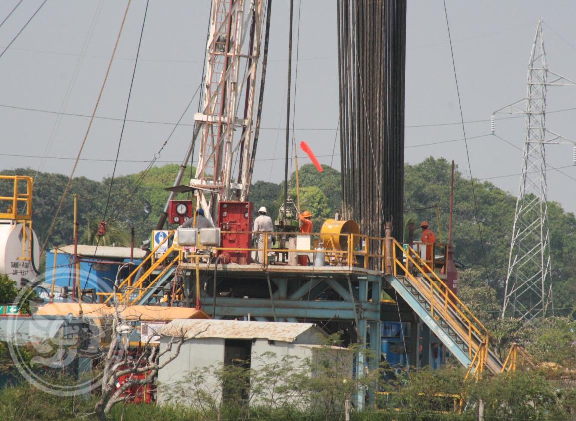 Asaltan a empleados de Pemex en límites de Veracruz y Tabasco
