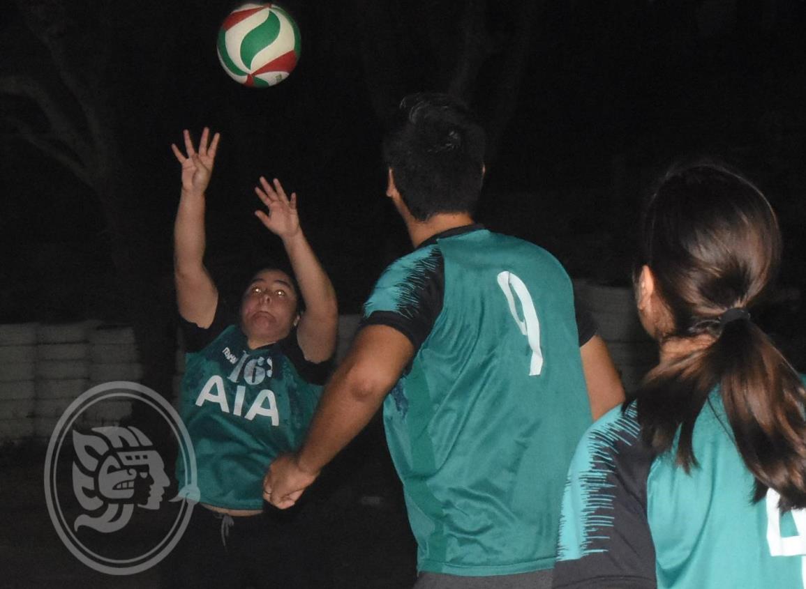 Continúa actividad del Voleibol Mixto Satelta en este puerto