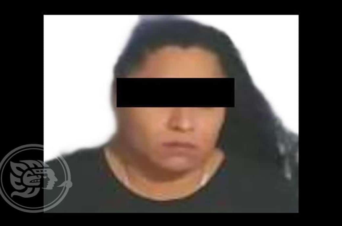 Detienen a La Catrina, presunta operadora del CJNG en Las Choapas