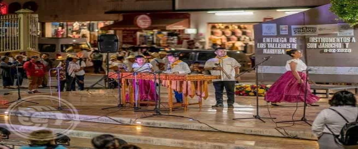 Impulsan son jarocho en casas de cultura de Acayucan y Texistepec