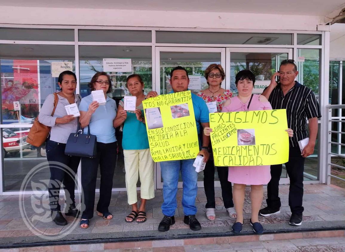Derechohabientes exigen al IMSS medicamentos de calidad