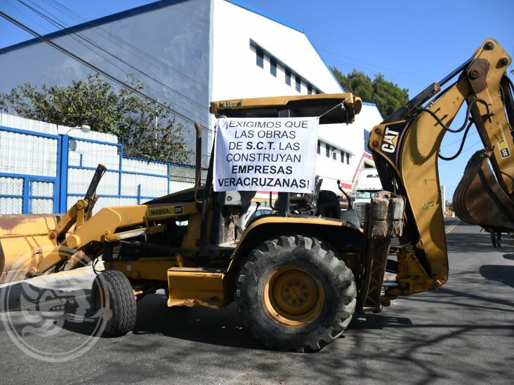 Constructores del sur de Veracruz truenan contra SCT por licitaciones