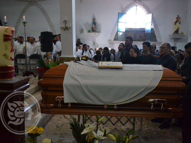 Despiden en Orizaba al padre Herminio Zárate