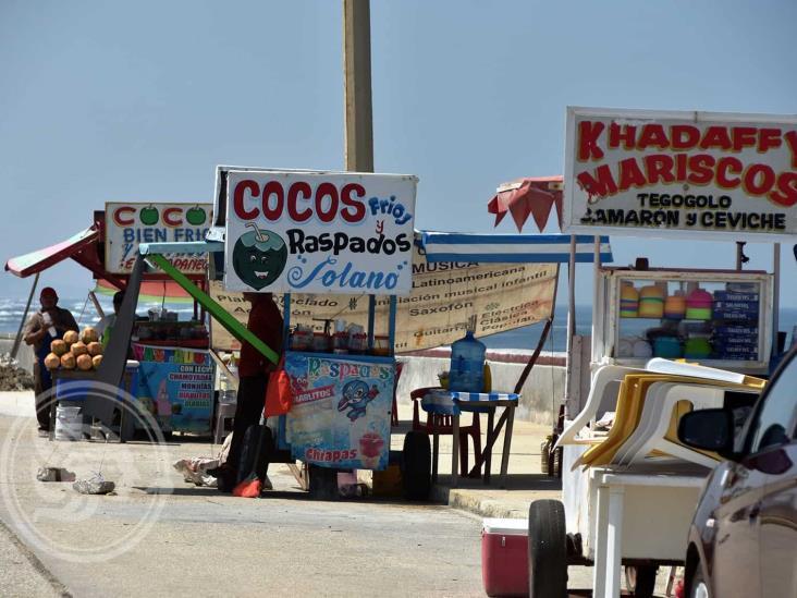 Repunta venta de cocos en Coatzacoalcos por intenso calor