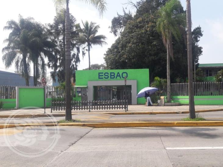 Movilización policial por presunta granada en escuela de Córdoba