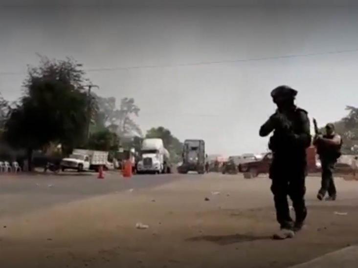 Reportero es agredido por policías durante balacera en Veracruz