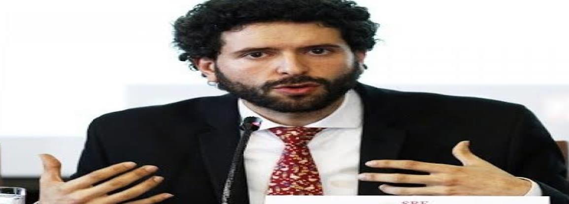 Destituyen a Roberto Valdovinos, funcionario de la Cancillería, por hostigamiento laboral