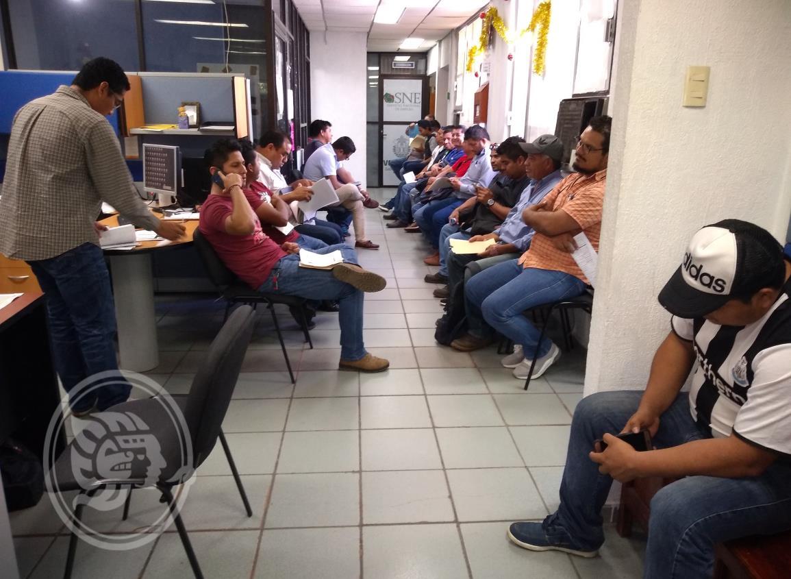 Se llevan a 250 jóvenes de Coatzacoalcos a trabajar a Matamoros