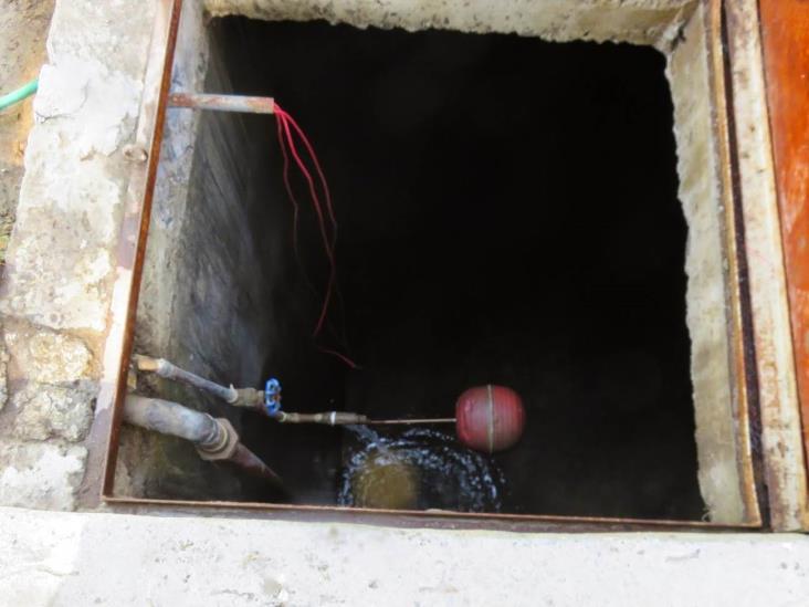 Limpian pozos y cisternas de escuelas tuxpeñas
