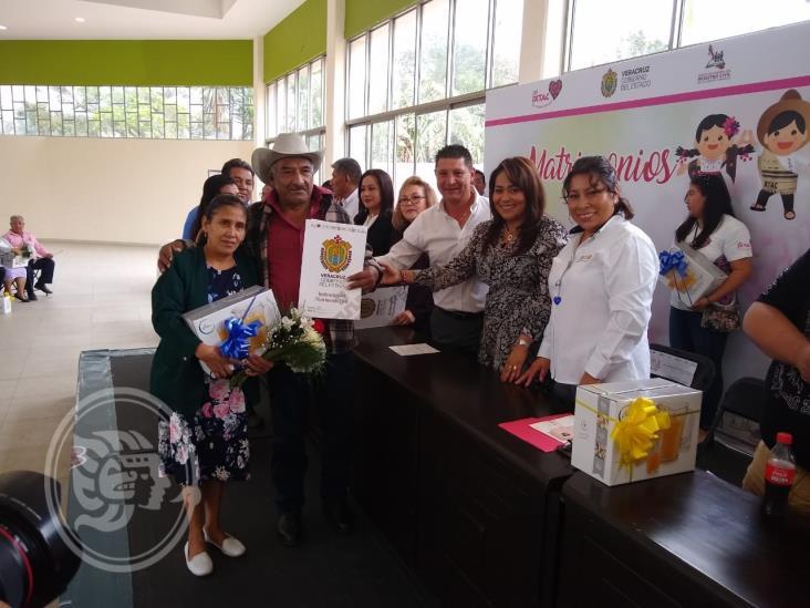 Legalizan su unión 500 parejas en Ixtaczoquitlán
