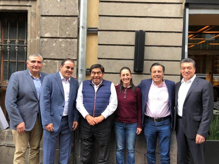 Se reúnen Cuitláhuac con gobernadores de Morena