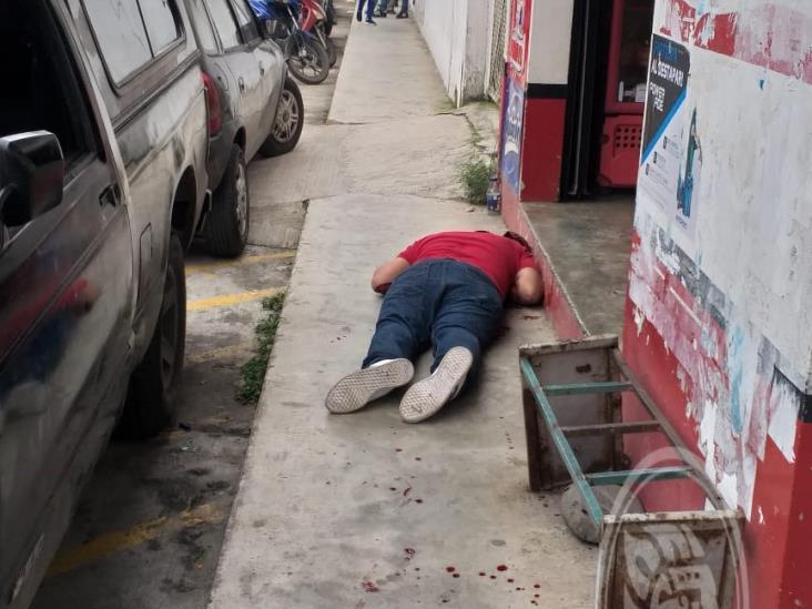 Ejecutan a joven afuera de oficinas de Tránsito en Misantla