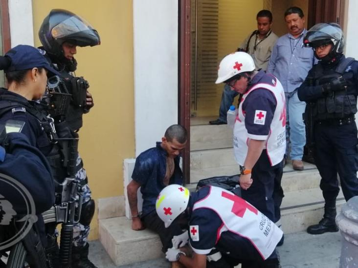 Atrapan a sujeto por violento asalto en Veracruz