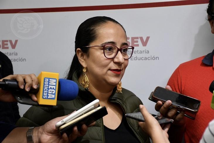 Dice Xóchitl Arbesú que con su pifia promovió playas de Veracruz