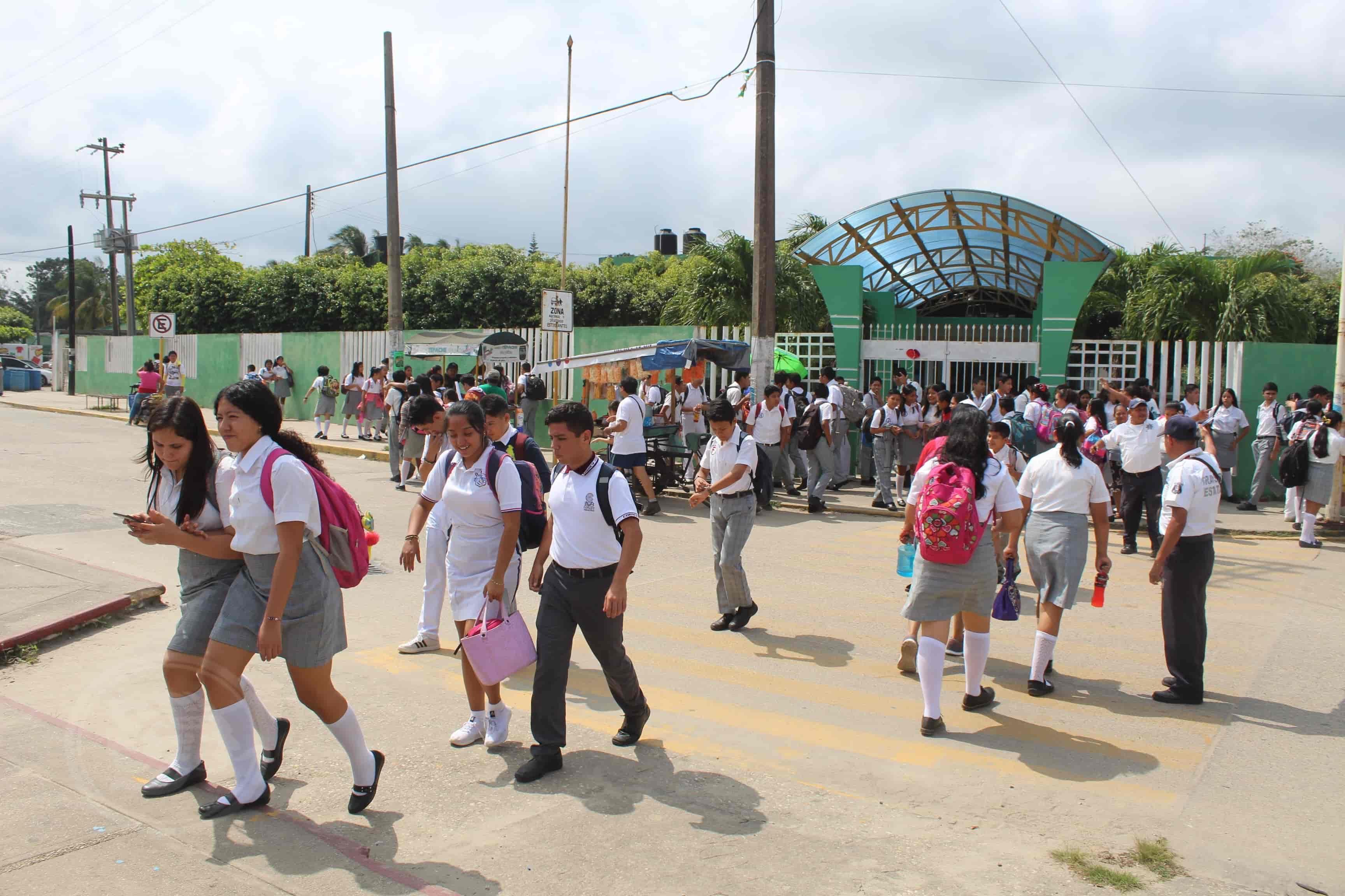 Con ´lagunas´, protocolos de seguridad en escuelas de Veracruz