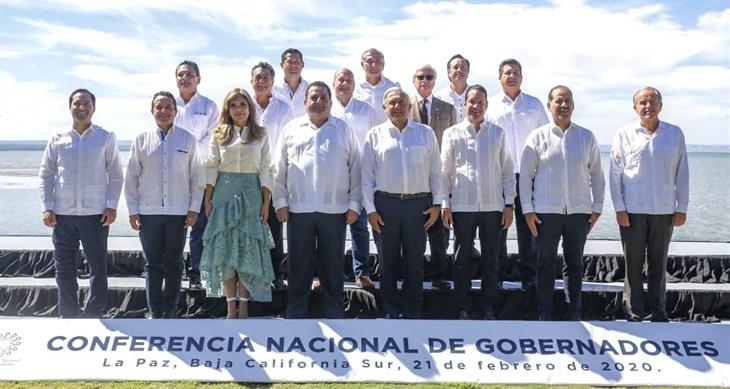 Suscribe Cuitláhuac pacto contra la corrupción del Presidente López Obrador