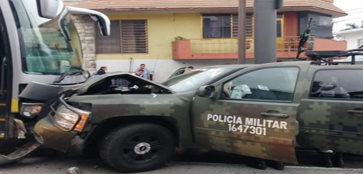 Resultan 4 efectivos de la Guardia Nacional lesionados en percance en Córdoba