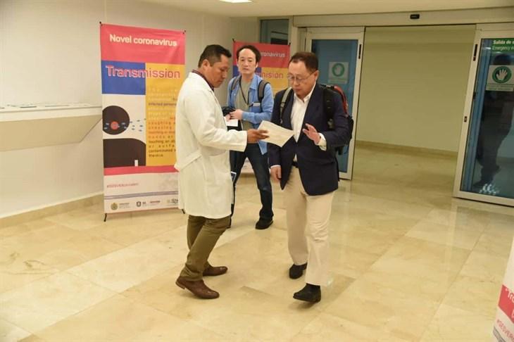 Ante alerta mundial por coronavirus, instalan módulos de sanidad en Veracruz