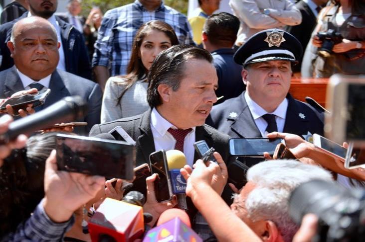 Golpe a mandos del narco motivó vendetta contra policías veracruzanos: Cuitláhuac