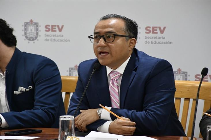 SEV y Sedecop signan convenio para becar a jóvenes en Consorcio China Network