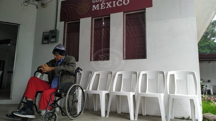 Niegan en Poza Rica pensión a persona discapacitada