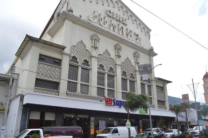 Clausuran plaza comercial en Ciudad Mendoza