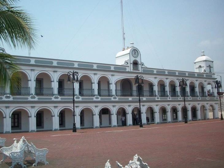 Ayuntamiento de Boca debe reinstalar y pagar a ex empleados