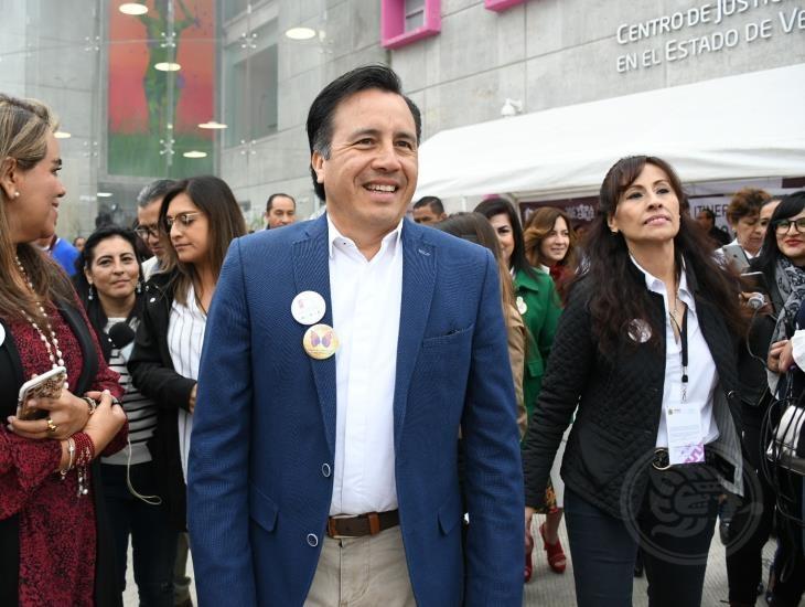 No se protege a nadie, señala Cuitláhuac tras salida de Verónica Aguilera del DIF