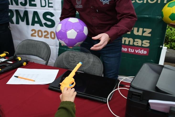 Arranca campaña estatal de canje de armas, en Xalapa